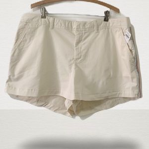 NWT Gap City Shorts w/Embroidery Size 18